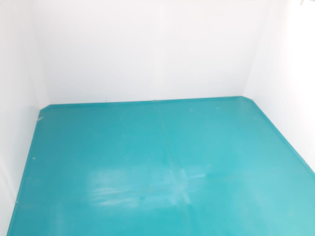 Sàn composite chống trơn đúc liền khối với nội thất